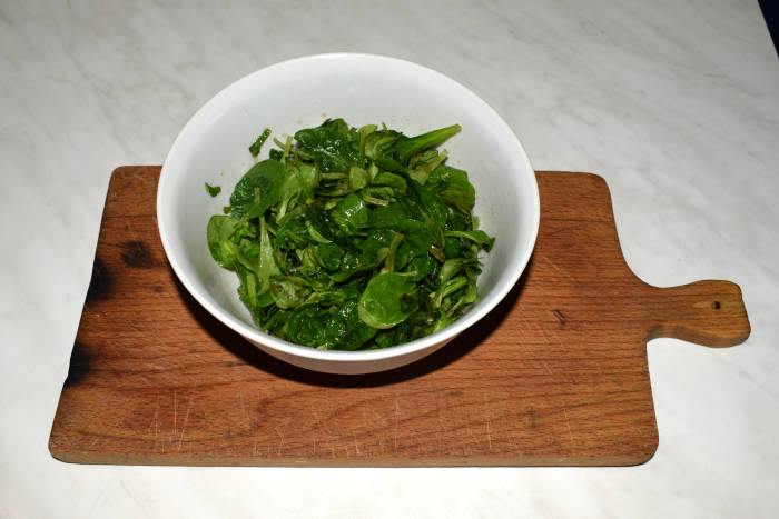 Feldsalat süß sauer mit Ahornsirup